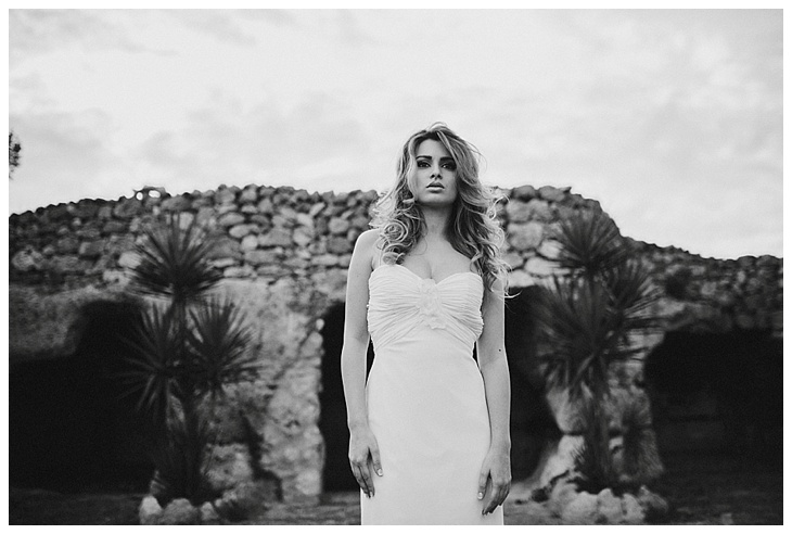 Weddingphotographer-Puglia-Ostuni-Italy-Masseria-Montenapoleone-LeentjelovesLight_0016.jpg