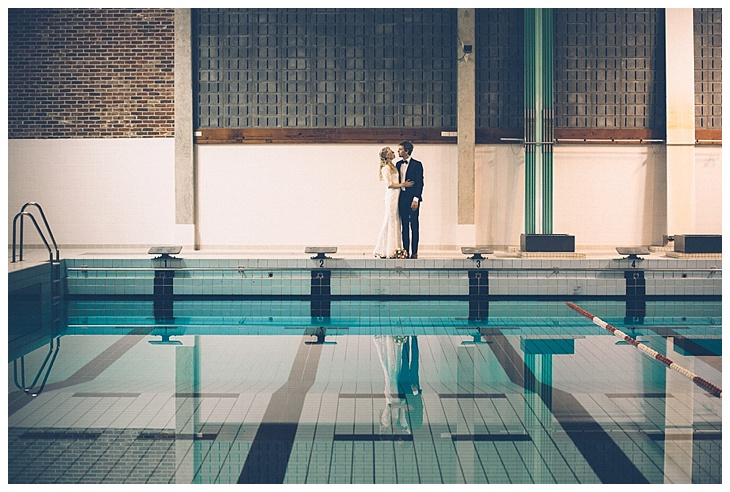 weddingshoot-Leuven-swimming-pool-heverlee_0008