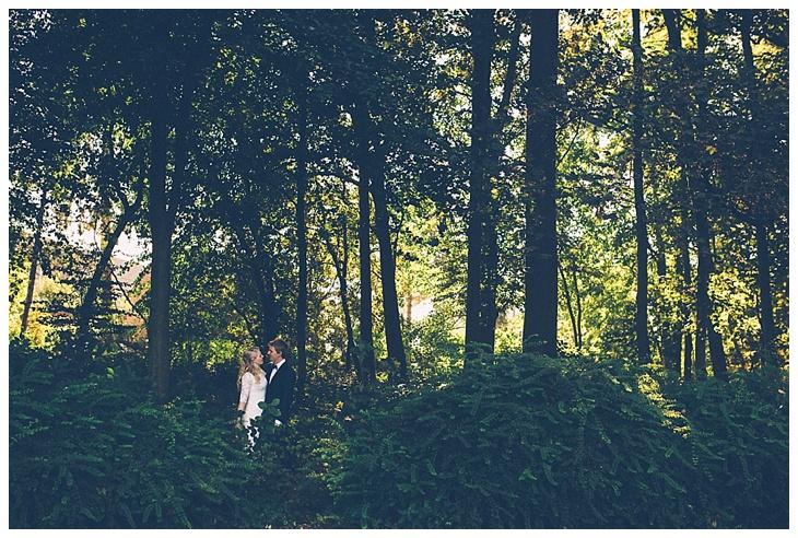 weddingshoot-Leuven-swimming-pool-heverlee_0010