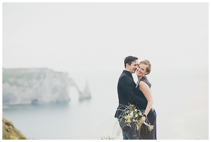 verlovingsshoot-engagement-etretat-normandy-france-tinneke-kevin_0007