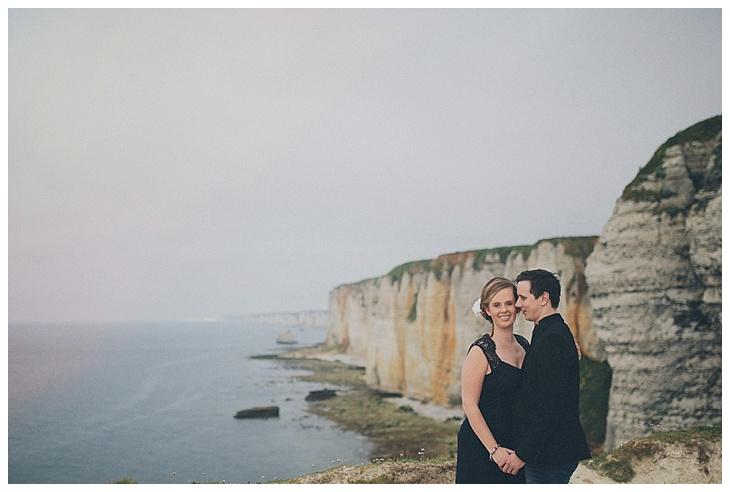verlovingsshoot-engagement-etretat-normandy-france-tinneke-kevin_0014